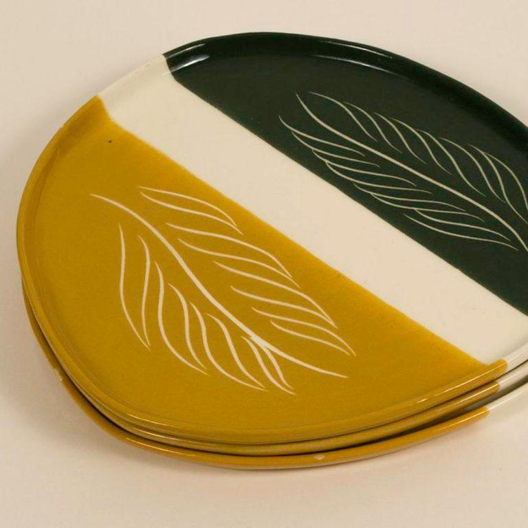 """""""tri color"""" plates"""